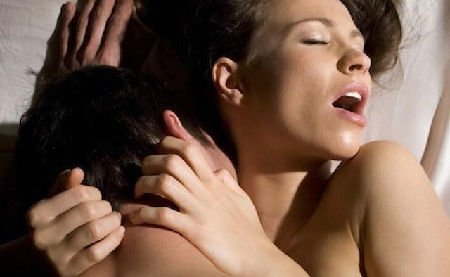 صورة من يفكر بالجنس اكثر الرجل ام المراة , من شهوته الجنسيه اعلى الرجل ام المراه