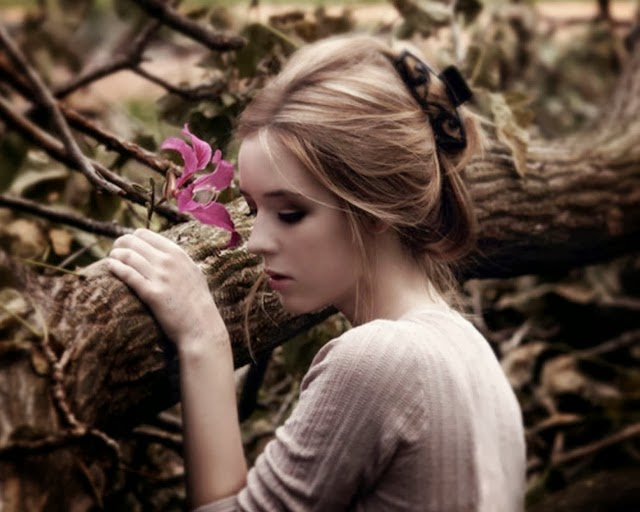 صورة صور بنات حلوات حزينات , صور بنات اعتصرهم الحزن والالم 1364 5