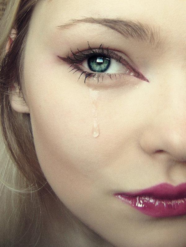 صورة صور بنات حلوات حزينات , صور بنات اعتصرهم الحزن والالم 1364 8