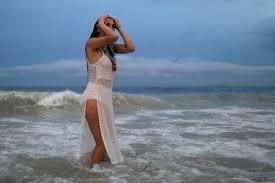 صورة برازيليات على الشواطئ , الصيف والبرازيل