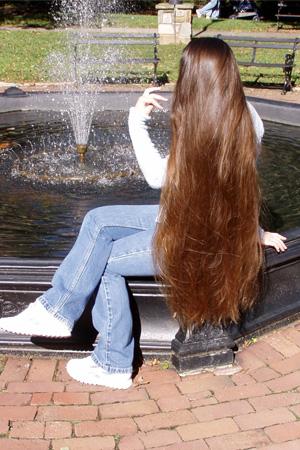 تفسير الشعر الطويل في الحلم لغير المتزوجه , الشعر الطويل معناه طول العمر
