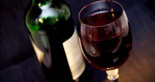 رؤية الخمر في المنام , فسري احلامك بكل سهوله