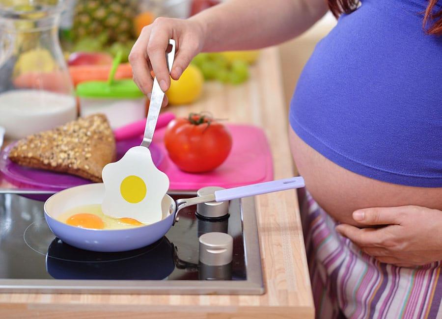 صورة فوائد البيض للحامل , صحة المراة الحامل فى تناولها للبيض