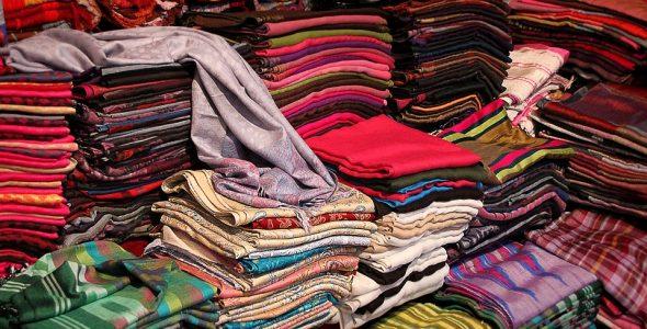 صورة تفسير الملابس في المنام , دلالات لبسك بالحلم