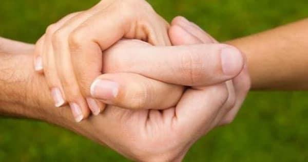صورة حلم مسك اليد , اجمل دلاله على الارتباط والحب والالفه
